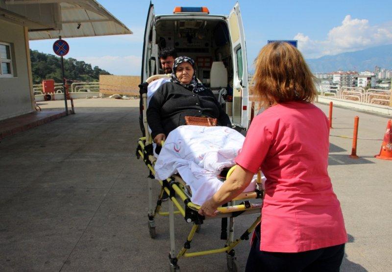 Ambulansla uy kullanmaya geldiler