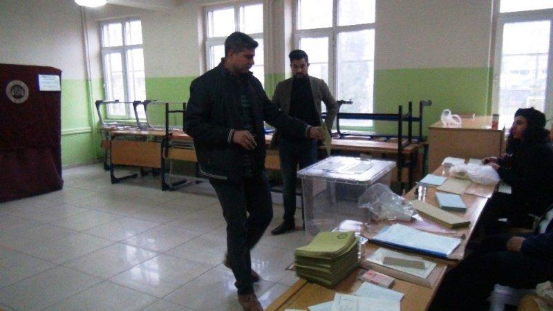 Şanlıurfa'da 1 milyon 93 bin 515 seçmen sandık başında
