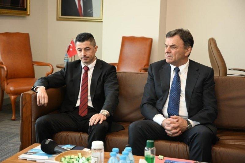 Bosna Hersek Brçko Distrikt Başbakanı Damir Bulçeviç Ve Beraberindeki Heyet Kayseri OSB'yi ziyaret etti