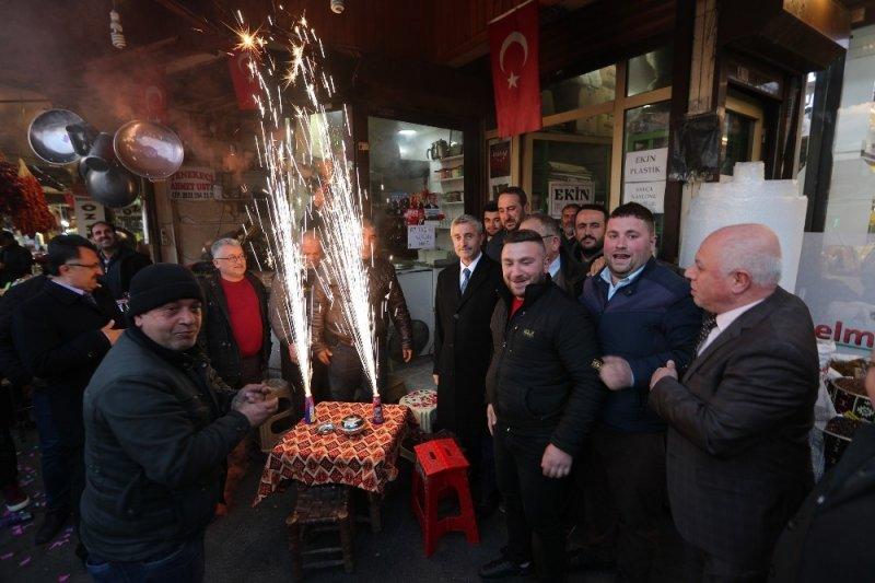 Esnaftan Başkan Tahmazoğlu'na sevgi seli