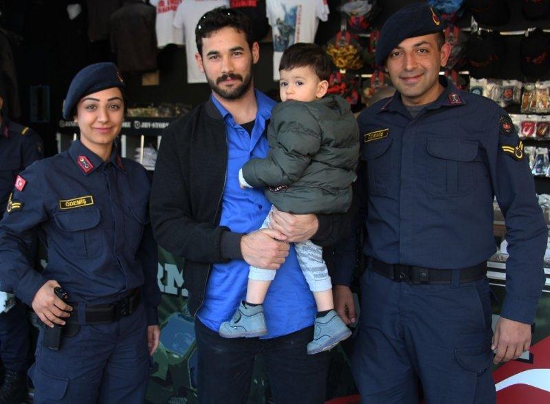 JHV-Store tırı Turgutlu'da ilgi gördü