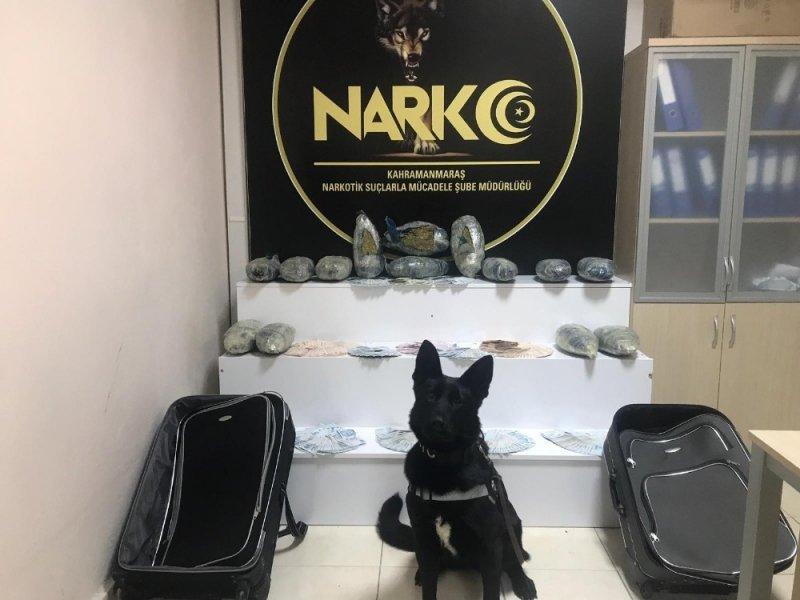 Kahramanmaraş polisi valizlere gizlenmiş 15 kilo uyuşturucu ele geçirdi
