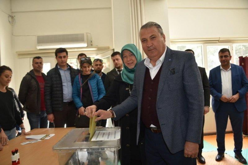 Manisa'daki seçim sonuçlarına itiraz devam ediyor
