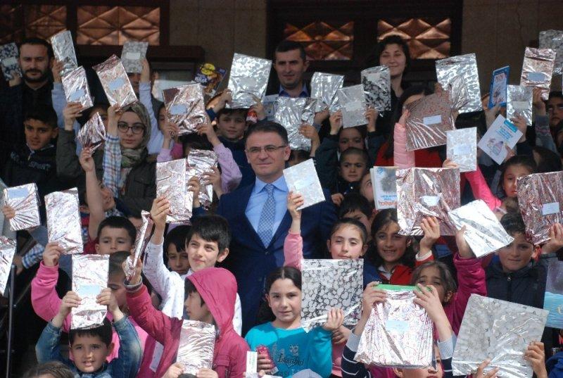Vali Balcı, çocukları makamında ağırladı