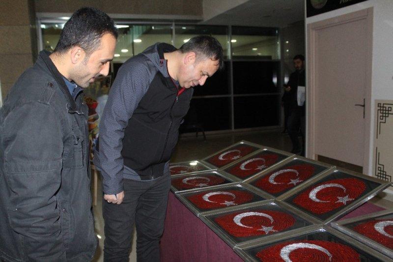Van'daki hükümlülerden resim ve el sanatları sergisi