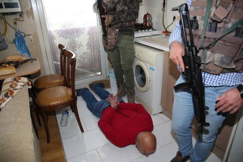 Kocaeli merkezli dolandırıcılık operasyonunda 21 kişi tutuklandı