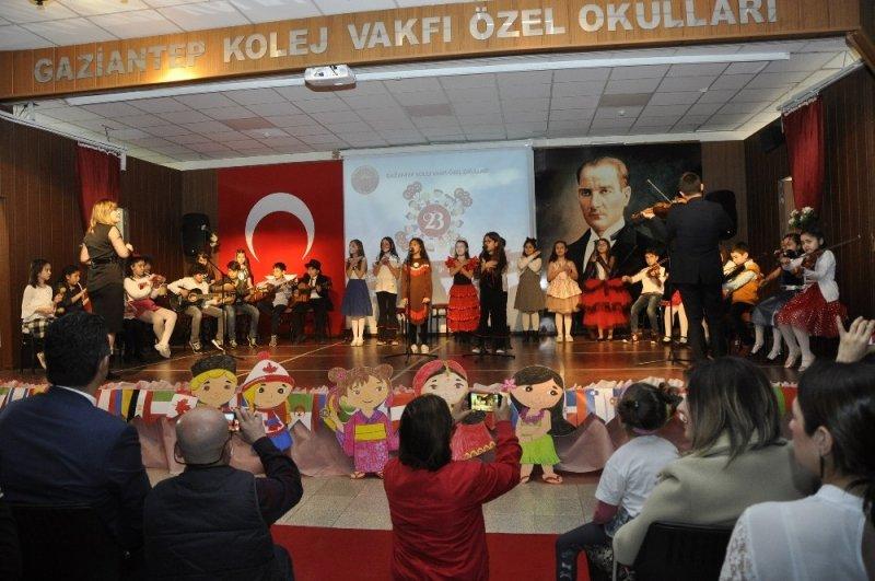 Gaziantep Kolej Vakfında 23 Nisan coşkusu