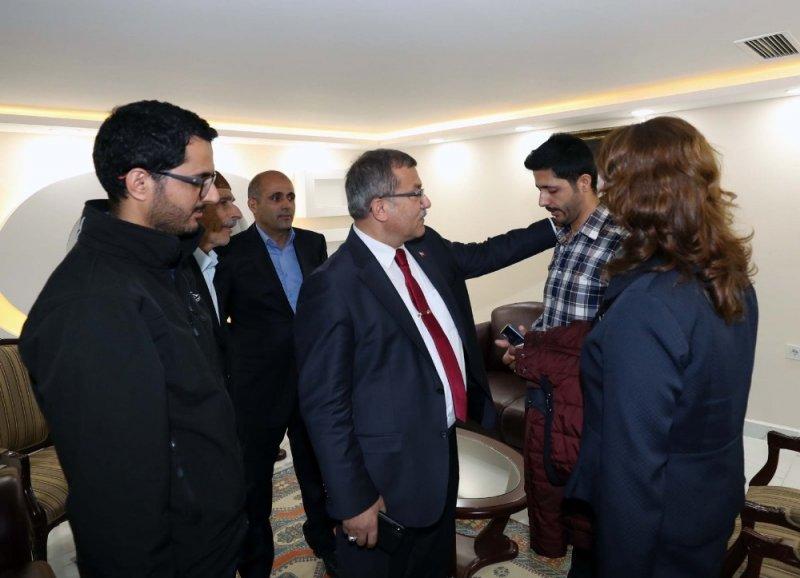 Emniyet Genel Müdürü Uzunkaya'dan Azez'de yaralanan polislere ziyaret