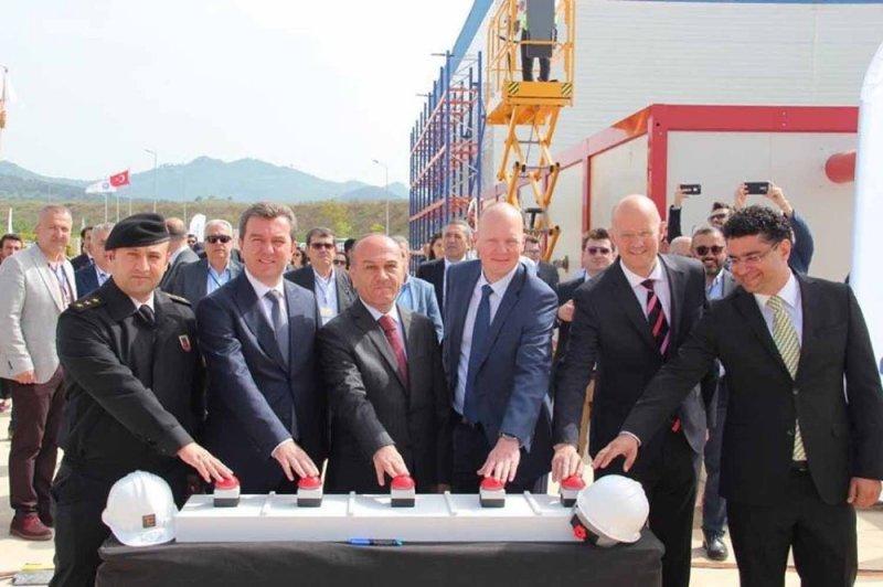 Bergama'daki o firma, yeni binayla 450 kişilik istihdamını daha da artıracak
