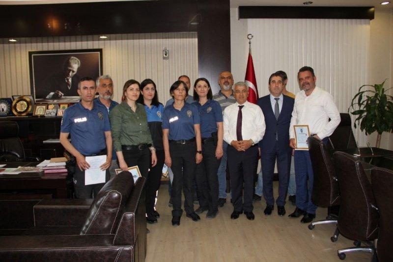 Manavgat'ta başarılı polisler ödüllendirildi