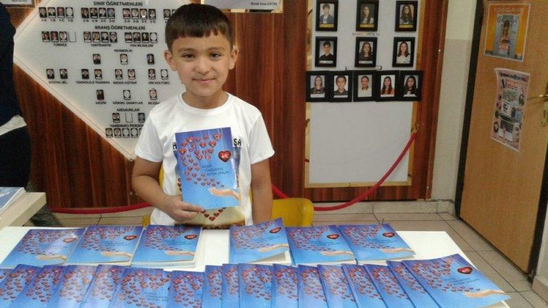 Küçük şairlerden şiir kitabı