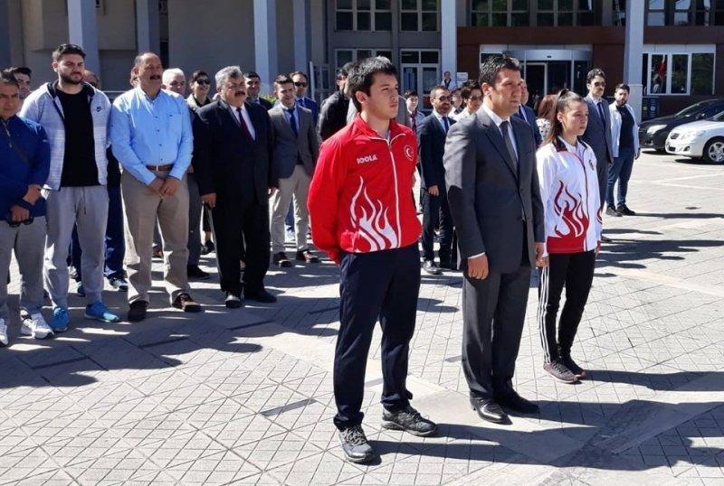 Gençlik haftası etkinlikleri törenle başladı