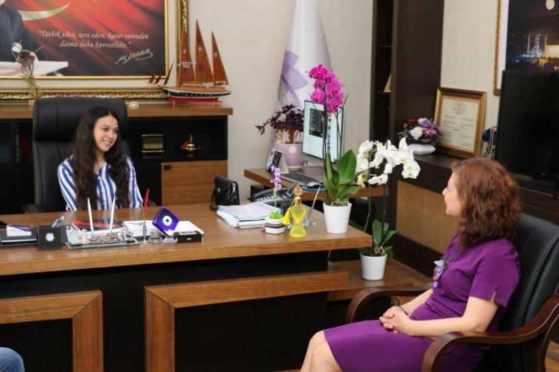 Başkan Köse, koltuğu lise öğrencisine devretti