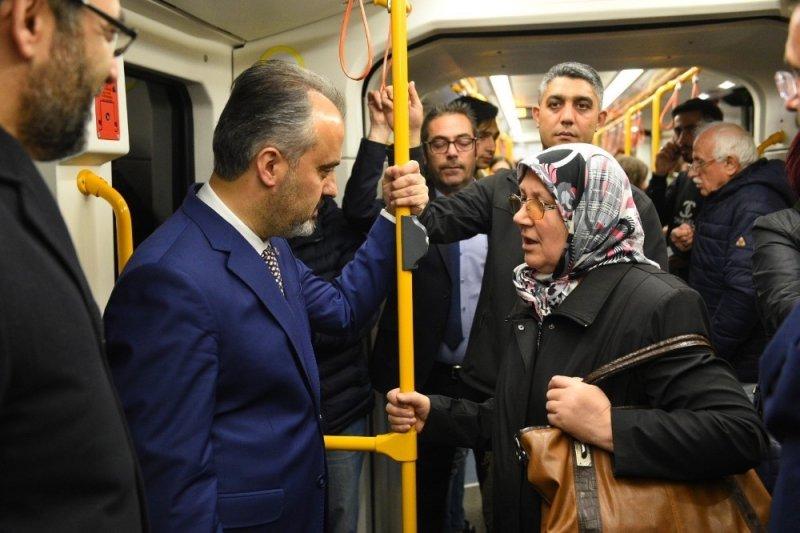 Bursa'da ulaşım '19 Mayıs'ta' öğrencilere ücretsiz