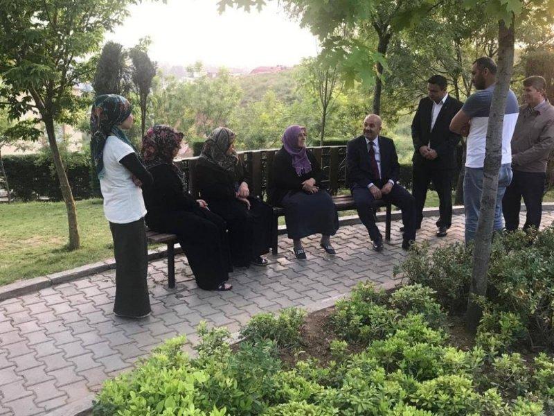 Başkan Büyükgöz iftarda ailelere konuk oluyor