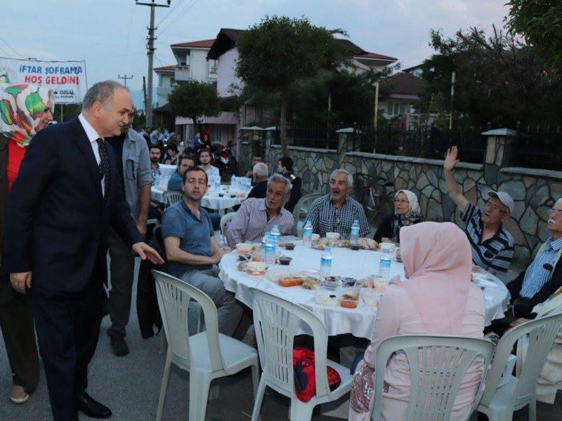 Mahalle iftarları Nusrettin Mahallesinde devam etti