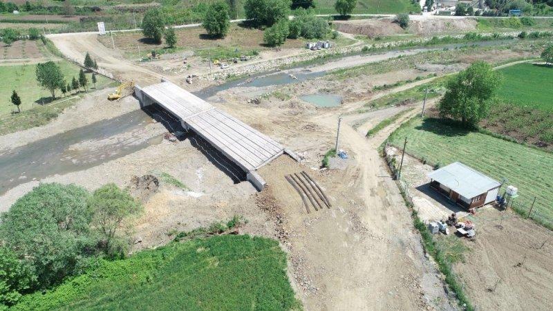 Karamürsel Semetler köprüsünde tabliye imalatına başlandı