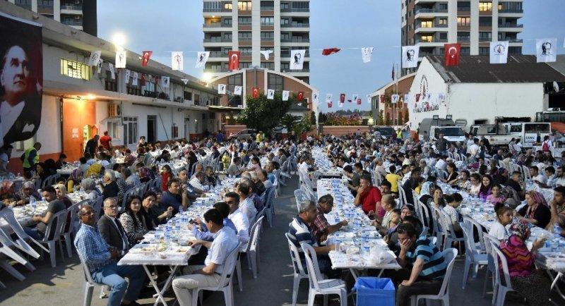 Muratpaşa'nın iftar sofrası Kırcami'de