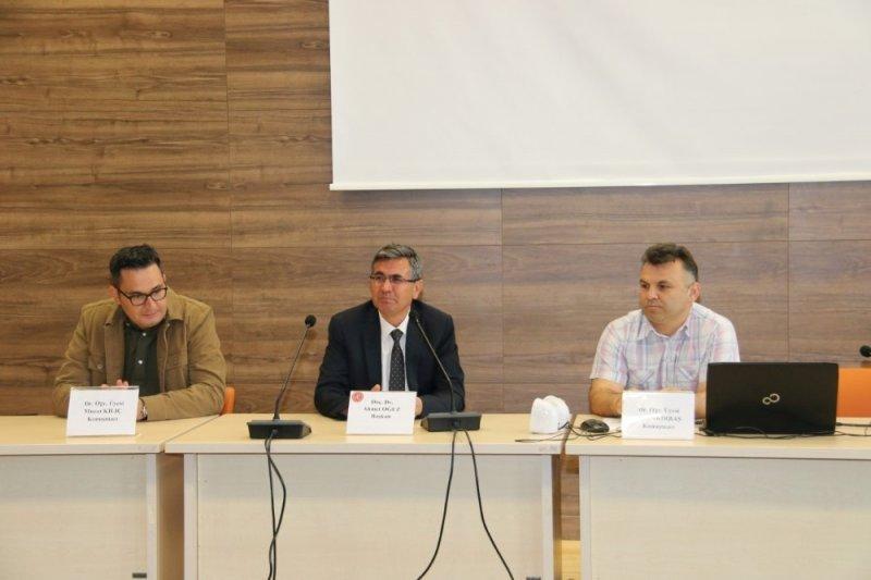 """NEVÜ'de """"Kurtuluştan Kuruluşa Giden Yol: 19 Mayıs"""" konulu panel düzenlendi"""