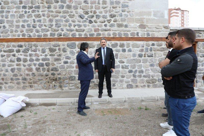 Başkan Dr. Mustafa Palancıoğlu, Filinta'nın Konağı'nda incelemelerde bulundu