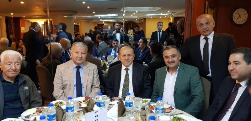 Başkan Cebeci Develilileri İftar Yemeğinde Buluşturdu