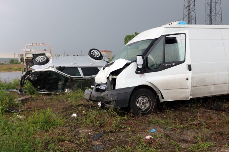 Feci kaza kameralara yansıdı: 2 ölü, 2 yaralı