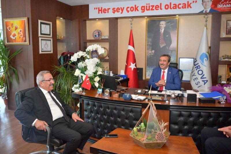 Osmaniye heyeti Başkan Çetin'i kutladı