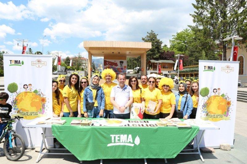 Başkan Özcan'dan, Arılar Varsa Yarınlar Var projesine destek