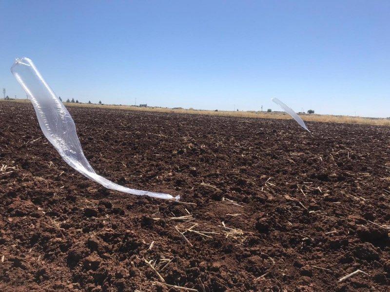 Viranşehir'de bomba düzenekli balonlar ele geçirildi