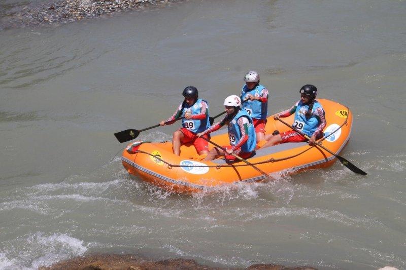 Tunceli'de Dünya Rafting Şampiyonası sürüyor