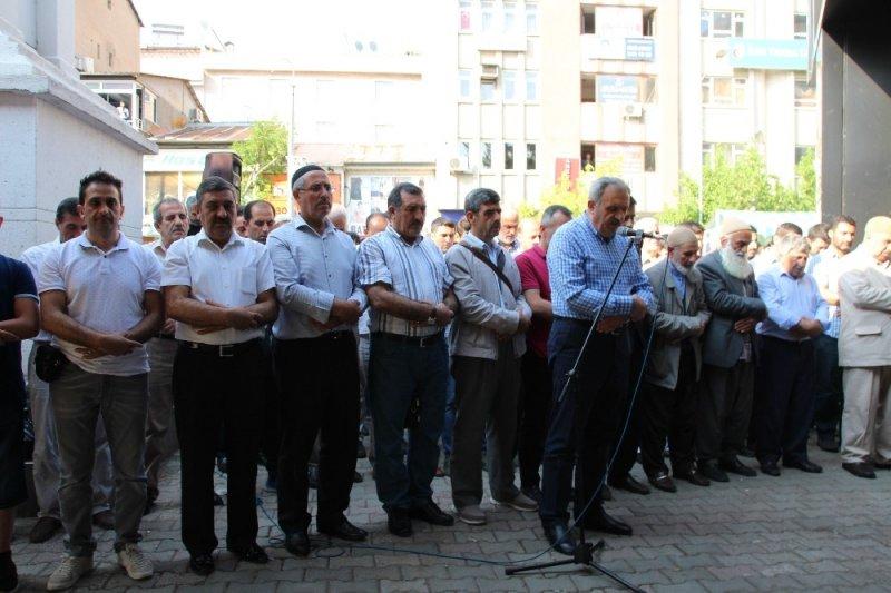 Bingöl'de Mursi için gıyabi cenaze namazı