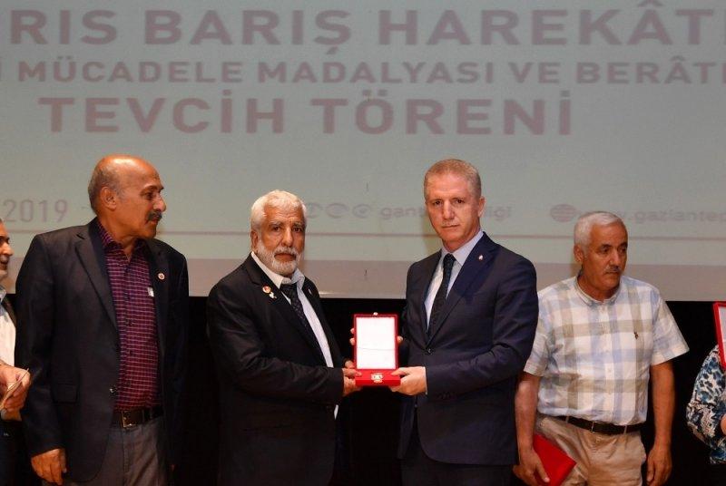 Kıbrıs Barış Harekatı gazilerine madalya