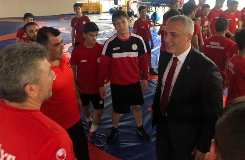 """Başkan Babaoğlu: """"Milli sporcularımıza güveniyoruz"""""""
