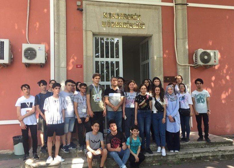 Bayrampaşa Belediyesi Bilim Merkezi YTÜ'nün yaz okulunda