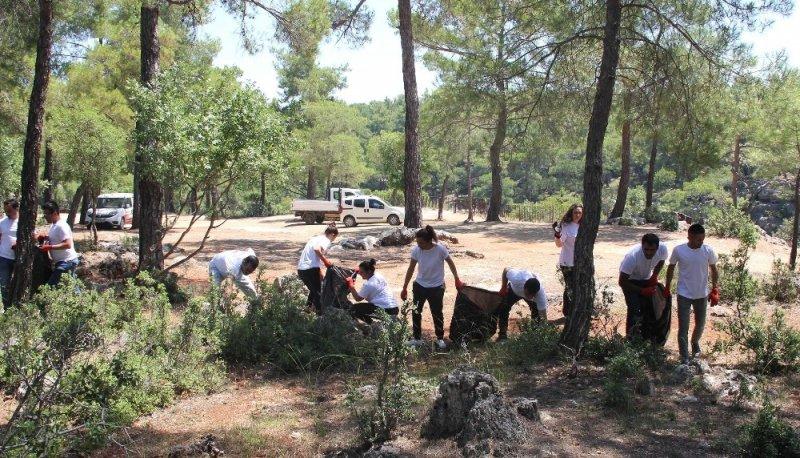 Güver Uçurumu'nda 3 kilometrelik alan temizlendi