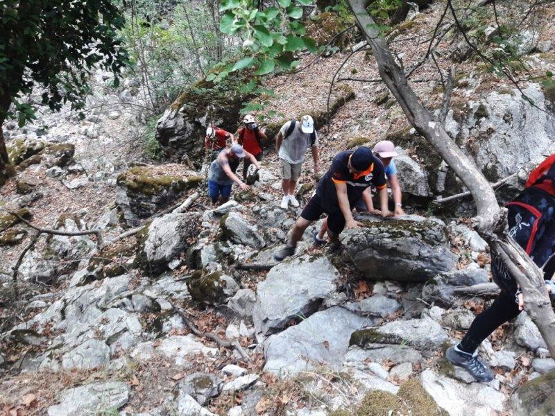 Kanyonda kaybolan 5 turist kurtarıldı