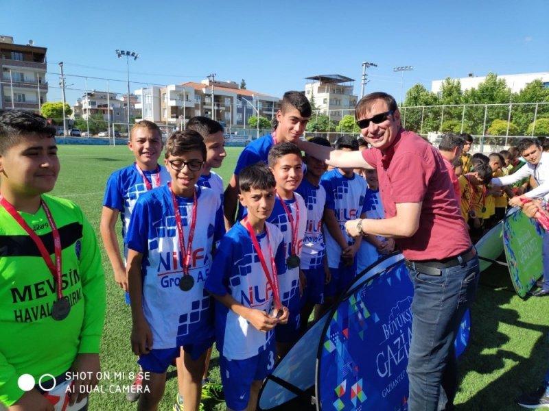 """""""15 Temmuz Futbol Turnuvasında ödüller verildi"""