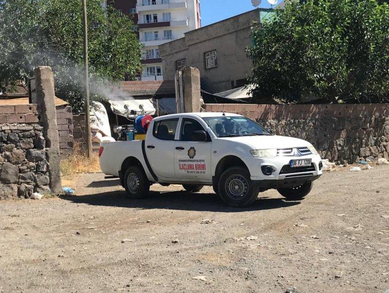 Diyarbakır'da ilaçlama çalışmaları aralıksız sürüyor