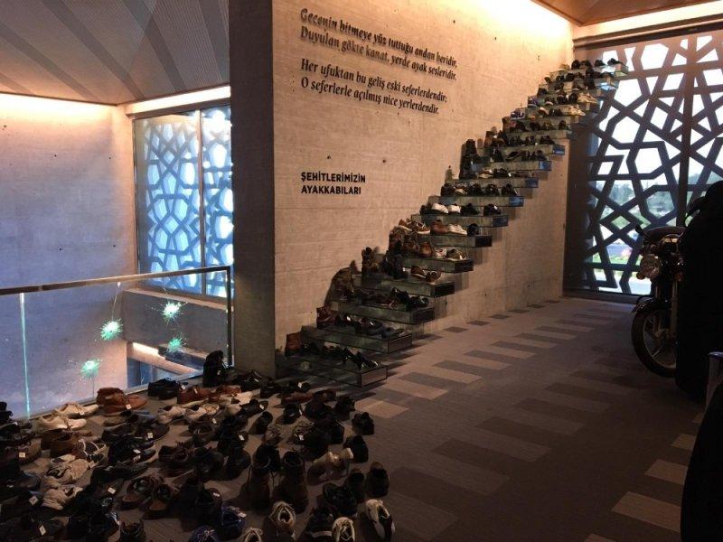 Şehit ailelerinden Hafıza 15 Temmuz Müzesi'ne duygusal ziyaret