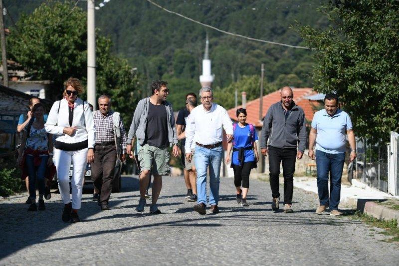 """EÜ'nün """"Efeler Yolu"""" projesi turizme can suyu olacak"""