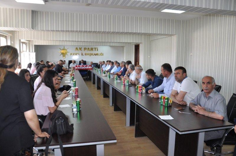 Kars'ta AK Parti 18. yaşını kutladı