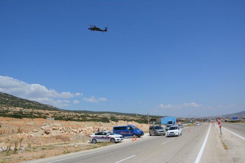 Korkuteli'nden Finike'ye helikopter destekli trafik uygulaması