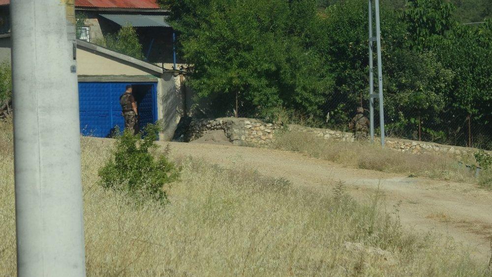 konyada-7-kisinin-cinayet-suphelisinin-bulunmasi-icin-bos-evlerde-arama-3394-dhaphoto1.jpg