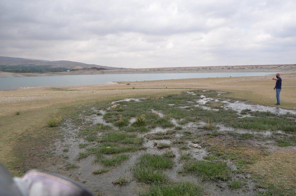 kanalizasyon-sulari-baraj-goletine-akiyor-1392-dhaphoto4.jpg