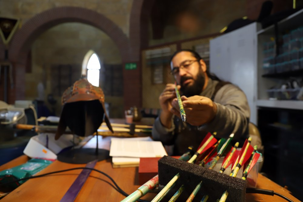 konyada-geleneksel-turk-harp-sanatlari-arastirma-atolyesi-kuruldu-9667-dhaphoto1.jpg