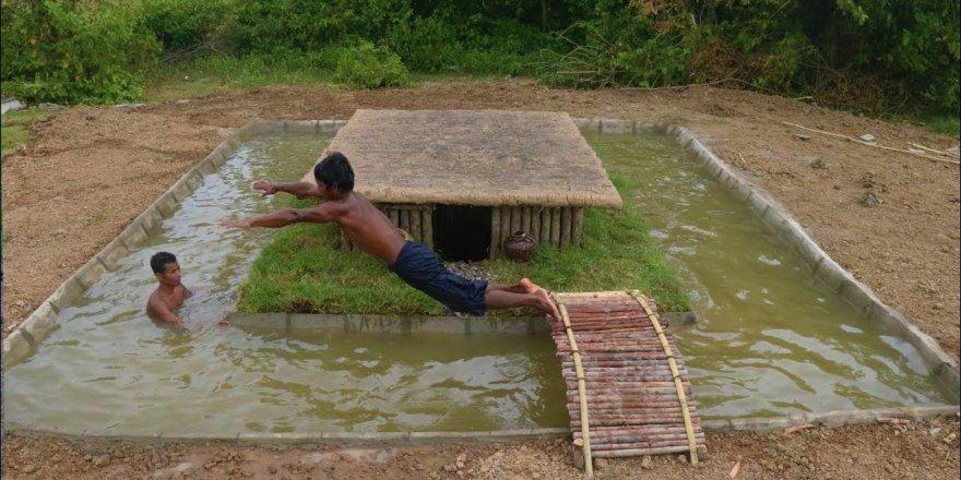 Yeraltı Evi Etrafında Yüzme Havuzu