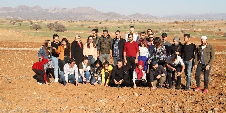 """""""Genç çiftçiler"""" Konya'da buluştu"""