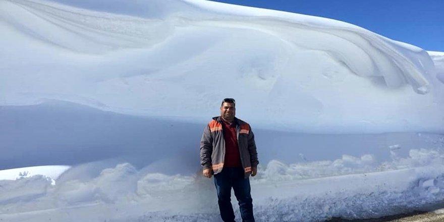 Belpınarı'nda 3 metreyi bulan kar manzaraları