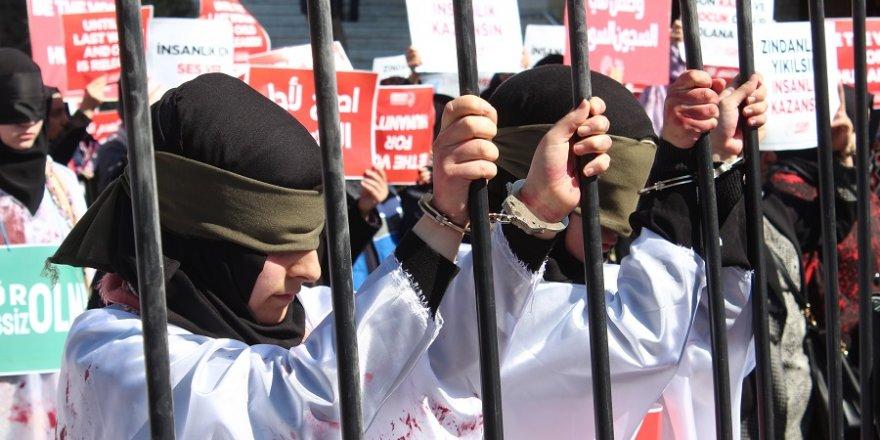 Kadınları hapiste canlandırdılar / Vicdan Hareketi Konya açıklaması