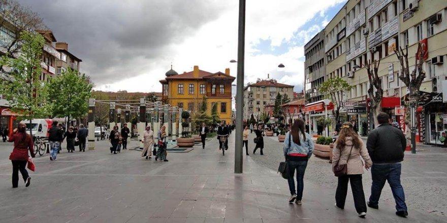 Konya Zafer Meydanı'nda müzik ziyafeti